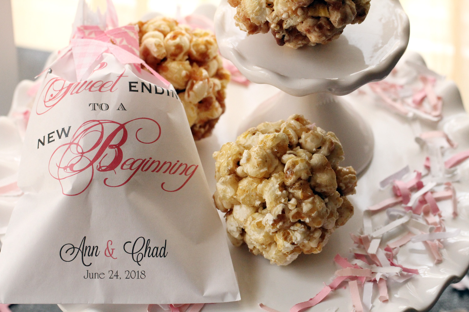 Popcorn wedding favors
